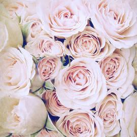 Jessica Jenney - Whisper of Rose