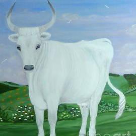 Anna Folkartanna Maciejewska-Dyba  - White Cow