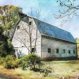 Melissa Bittinger - White Grey Weathered Barn North Carolina Countryside