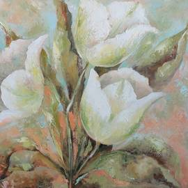 Vali Irina Ciobanu - White Tulips