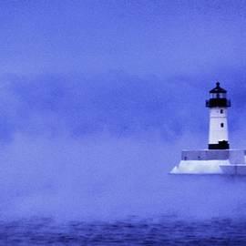 Rory Cubel - Windchill Fog    Winter     Duluth Harbor