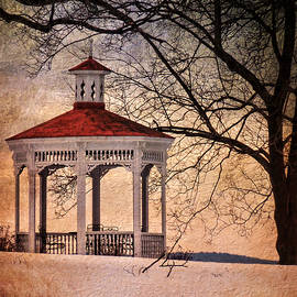 Pamela Phelps - Winter Air at Cordts Mansion