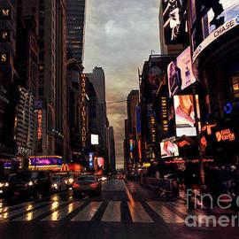 Miriam Danar - Winter Rain in New York