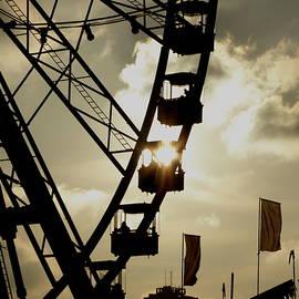 Perggals - Stacey Turner - Winter Wonderland Ferris Wheel