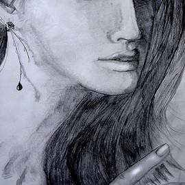 Maria Hakobyan - Woman with earring