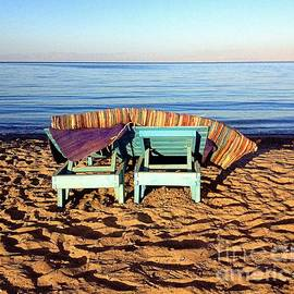Noa Yerushalmi - Wooden Beach Chairs