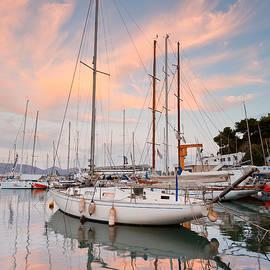 Milan Gonda - yacht club
