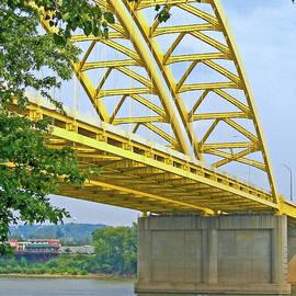 Ann Horn - Yellow Crossing