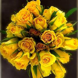 Wonju Hulse - Yellow rose bouquet