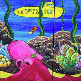 Karol Livote - Yellow Submarine
