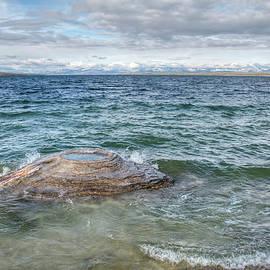 Kristina Rinell - Yellowstone Lake