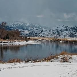 NaturesPix - Yellowstone River in Light Snow