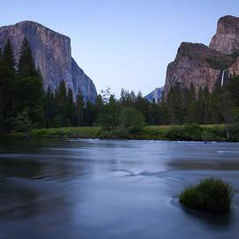 Mike  Dawson - Yosemite Twilight