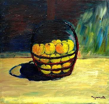 Apples by Mauro Beniamino Muggianu