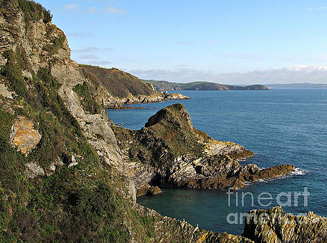 Cliffs in Cornwall near Mevagissey by Kiril Stanchev