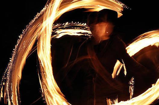 Fire spinning by Alda Villiljos