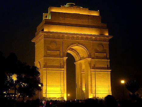 India Gate by Salman Ravish