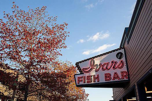 Ivars Fish Bar by Paul Bartoszek