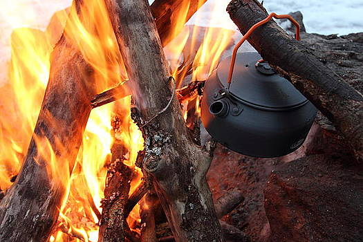 Kettle on the fire by Kenan BUYUK SUNETCI