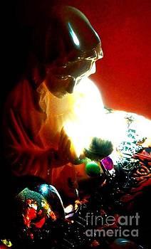 Mary's Prayer by Karen Newell