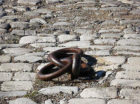 Memphis Cobblestones by Suzanne Barber