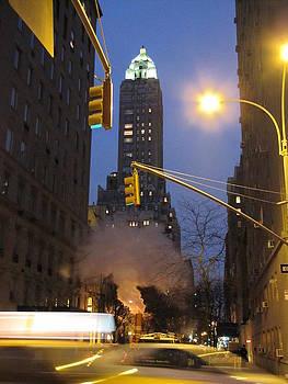 New York night by Elizabeth Hardie
