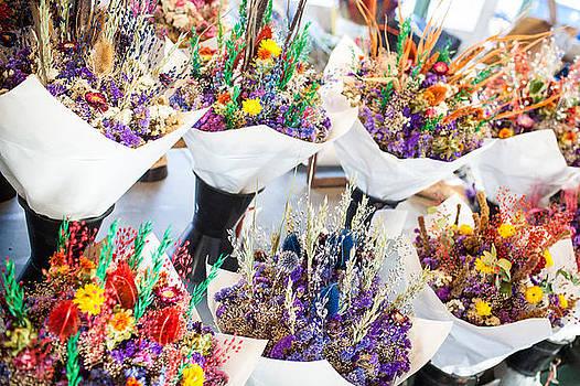 Pike Place Flowers by Paul Bartoszek