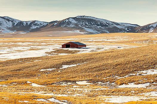 Red Barn by Paul Bartoszek