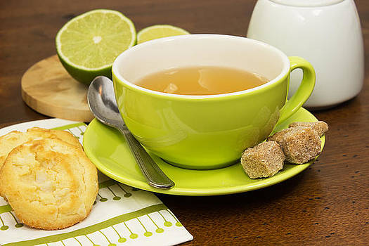 Tea time  by Nathalie Deslauriers