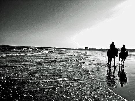 Trotting Waterside Silhouette by Lindsey Henderson