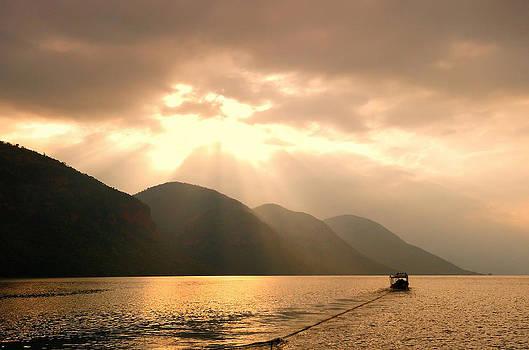 Mountain and Lake in Thailand by Keerati Preechanugoon