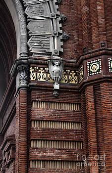Gregory Dyer - Barcelona Spain - Arc de Triomf