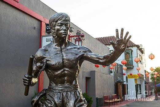 Jamie Pham - Bruce Lee Statue in Chinatown.