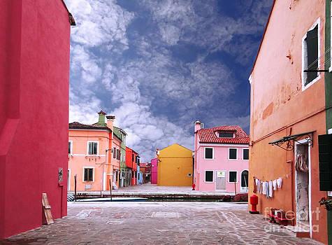 Burano 01 by Giorgio Darrigo