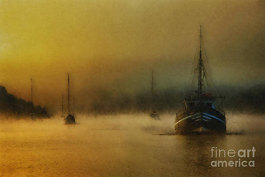 English Landscapes - Carina In The Mist