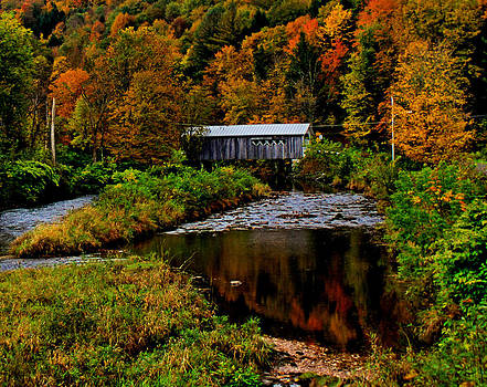Matthew Winn - Comstock Covered Bridge in Autumn