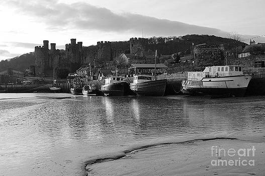 Conwy Castle and Harbour. by Adrian Hillyard