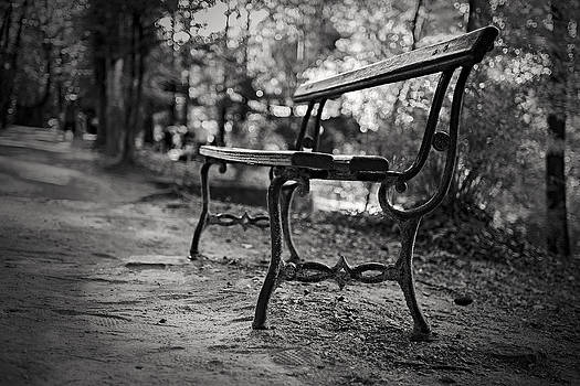 Emptiness by Antonio Jorge Nunes