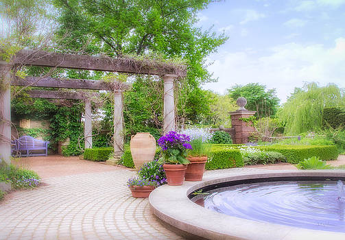 Julie Palencia - English Garden