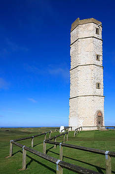Flamborough Old Lighthouse by Susan Leonard
