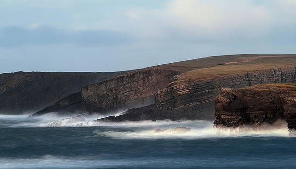 Georges head Kilkee by Peter Skelton
