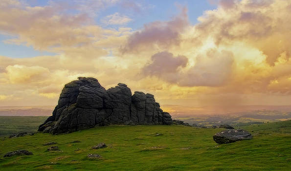 Haytor on Dartmoor by Pete Hemington