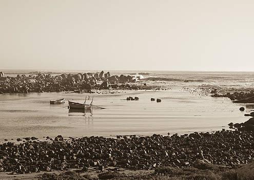 Jacobs Bay by Tom Hudson