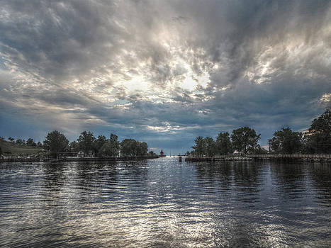 Lake Michigan Sunset  by Shon Saylor