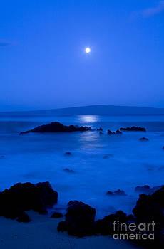 Makena Moon by David Olsen