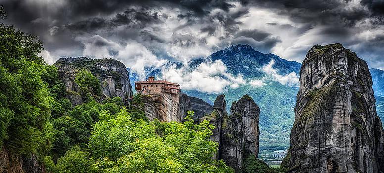 Meteora by Dobromir Dobrinov