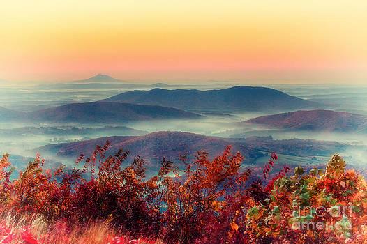 Dan Carmichael - Misty Valley Sunrise - Autumn on the Blue Ridge Parkway