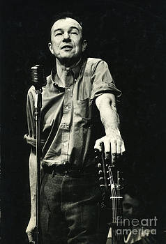 Pete Seeger by Erik Falkensteen