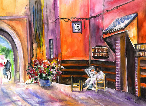 Miki De Goodaboom - Reading The News in Marrakesh