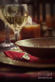 Mythja  Photography - Restaurant autumn place setting
